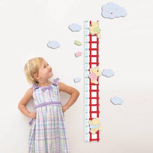"""Μετρήστε το ύψος του παιδιού σας και διακοσμήστε ταυτόχρονα το παιδικό δωμάτιο με απαλά χρώματα και σχέδια. Διακοσμήστε χρηστικά με φαντασία σε ελάχιστο χρόνο δίδοντας μια προσωπική """"πινελιά"""" στο δωμάτιο του παιδιού σας. Είναι εξαιρετικά εύκολος στην τοποθέτησή του με δυνατότητα επανατοποθετήσεως χωρίς ζημιές στο τοίχο ή το αυτοκόλλητο."""